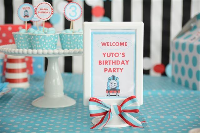 トーマスの誕生日パーティー_10_R